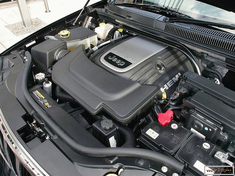 Mounted car engine jeep grand cherokee 3