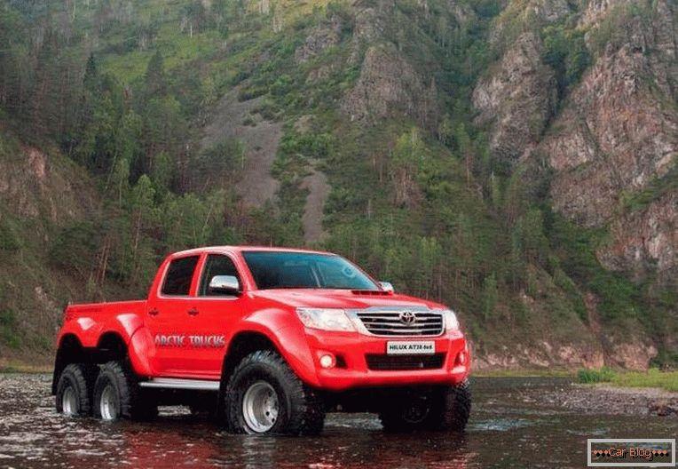 арктические грузовики hilux 6x6