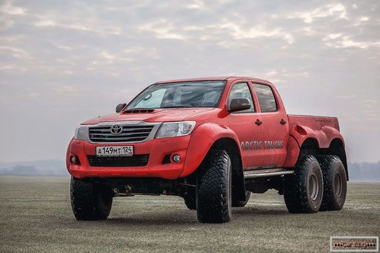 Toyota Hilux AT38 6x6