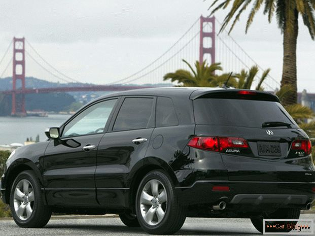 Acura RDX Car: Rear View
